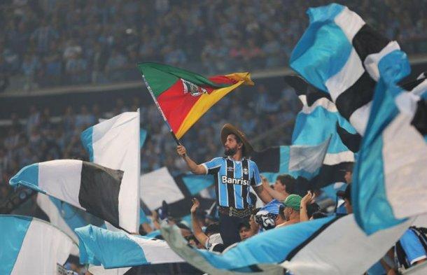 Torcida de Gremio de Porto Alegre   Foto: EFE