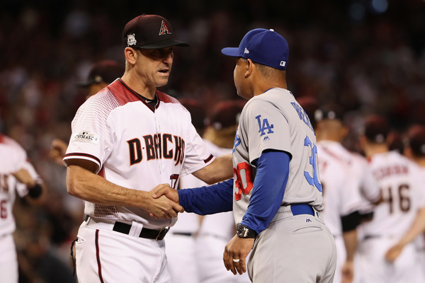 Manager Torey Lovullo #17 of the Arizona Diamondbacks and manager Dave Roberts #30 of the Los Angeles Dodgers. |Source: Christian Petersen/Getty Images North America|