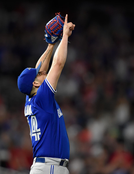 Osuna Matata: The Blue Jays closer celebrates after clinching his 36th save in his first appearance since the birth of his daughter. | Photo: Hannah Foslien/Getty Images