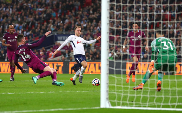 Eriksen marca el 1-2. Foto: Getty Images