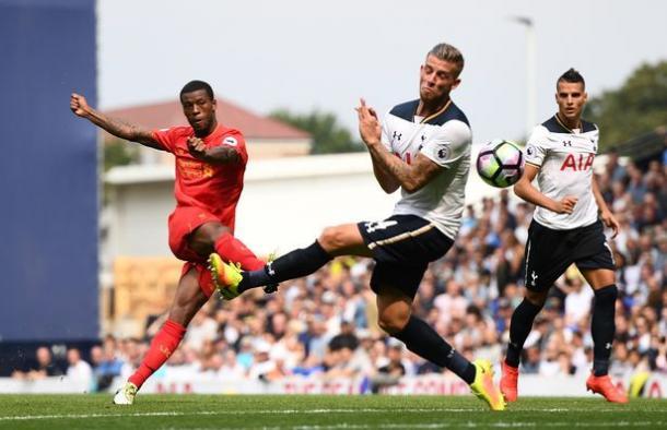 Wijnaldum en el encuentro ante el Tottenham. Foto: Premier League