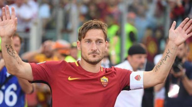Francesco Totti saluta il suo pubblico, gazzetta.it