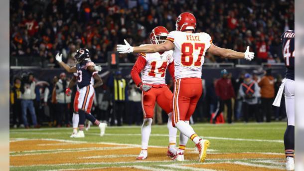 Travis Kelce celebrando un touchdown (Fuente: Steve Sanders)