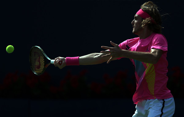 Stefanos Tsitsipas strikes a forehand during his dramatic semifinal victory. Photo: Getty Images