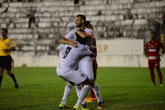 Camisa 10 marcou golaço de fora da área (Foto: João Carlos Nascimento/O Liberal)