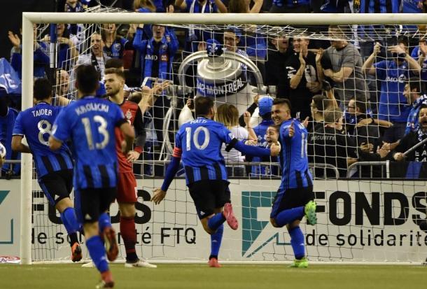 Vargas y Piatti en el momento del 1-0 ante Toronto. / Foto: Pro Soccer USA