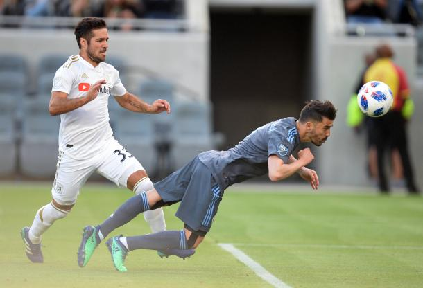 David Villa heading home the opener. | Photo: Gary A. Vasquez-USA TODAY Sports