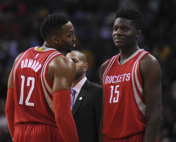 J.B. Bickerstaff needs to try something completely crazy if he wants to win a game against the Golden State Warriors. If he wants a shot at keeping his job, he needs to be that desperate. Something that can potentially work is starting Dwight Howard and Clint Capela together and dominate the post. Photo: Justin Ford/USA Today.