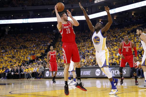 Donatas Motiejunas started the game strong, as he was given the starting position today instead of Corey Brewer, who did in Game 1.