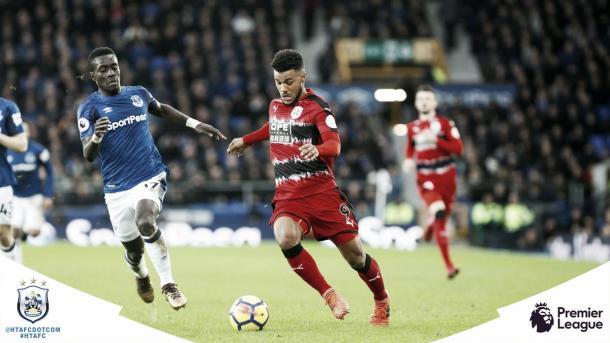 Kachunga en el último partido ante el Everton. Foto: https://twitter.com/htafcdotcom