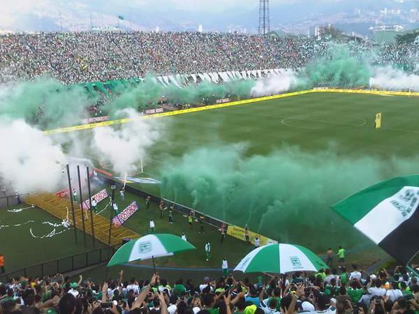 Más de 45.000 espectadores en el Atanasio Girardot teñirán de verde y blanco el firmamento antioqueño.   Foto: Colprensa