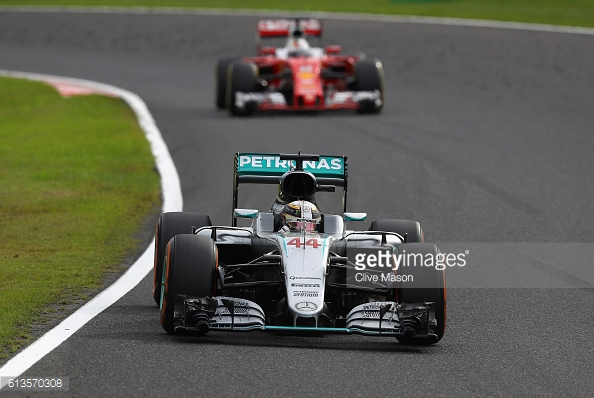 Vettel lost out to Hamilton in the last round of pit stops. | Photo: Getty Images