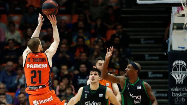 Valencia le ganó a Joventut. Foto: ACB/ M.A.Polo