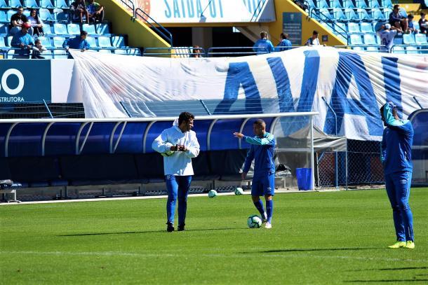 Valentim comandou último treino do Avaí neste sábado (3), com a presença da torcida na Ressacada (Foto: André P. Ribeiro/Avaí FC)