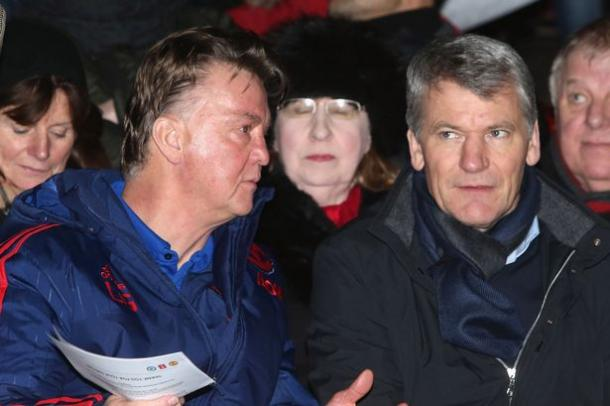 Van Gaal with David Gill at the FA Youth Cup fixture | Photo via Manchester Evening News