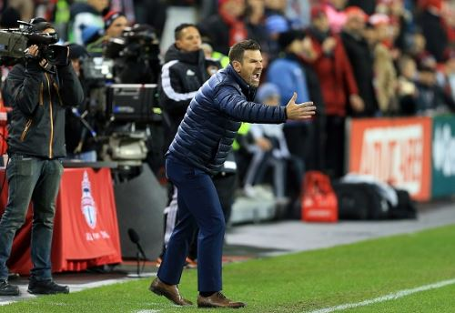 Toronto FC head coach Greg Vanney knows the challenges his team faces playing on turf instead of grass | Source: Vaughn Ridley - Getty Images