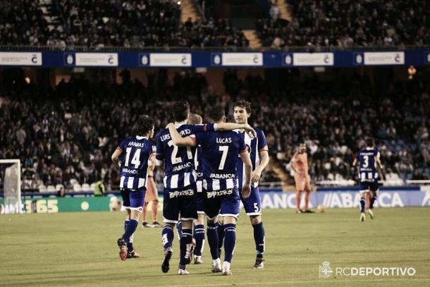 Luis Alberto y Lucas celebran un tanto del Deportivo. Foto: RC Deportivo.