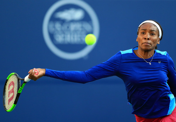 Williams stretches for a forehand. Photo: Vaughn Ridley/Getty Images