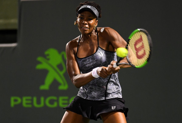 Venus Williams reached the last four in Miami with wins over top-10 players Kerber and Kuznetsova | Photo: Rob Foldy/Getty Images North America