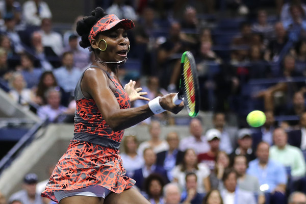 Venus Williams moves onto the second round | Photo: Elsa/Getty Images North America
