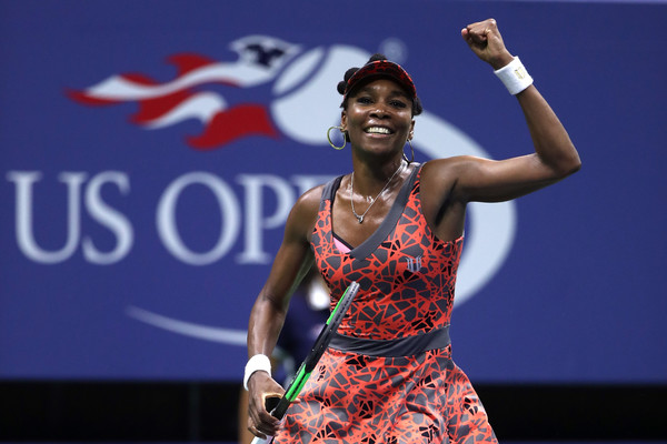 Venus Williams celebrates her incredible victory | Photo: Matthew Stockman/Getty Images North America