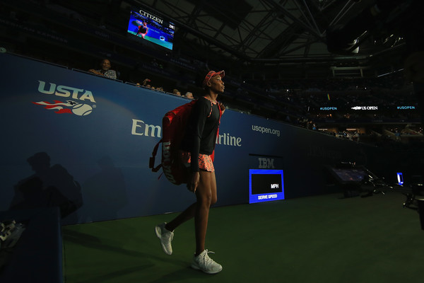A living legend: Venus Williams walks onto the court at the US Open | Photo: Chris Trotman/Getty Images North America