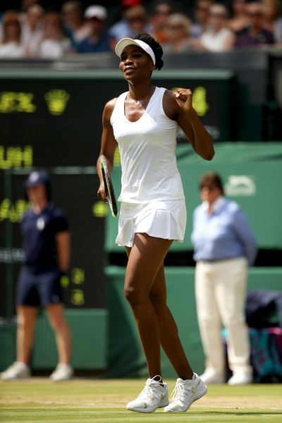 Venus Williams celebrates winning the match | Photo: Julian Finney/Getty Images Europe