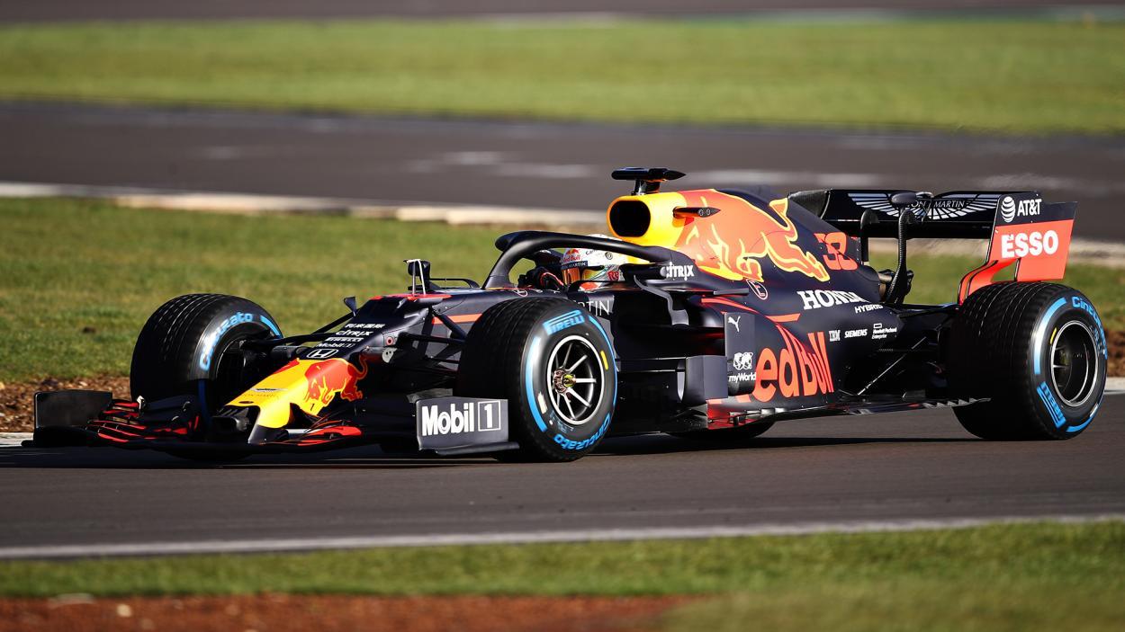 Max Verstappen probando el Red Bull. FUENTE: F1