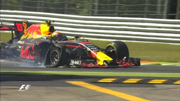 Verstappen furou o pneu ao atacar Massa (Foto: Divulgação/F1)