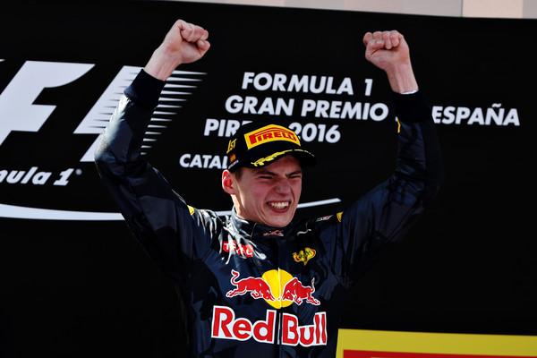 Verstappen foi o único piloto não-Mercedes a vencer na temporada, com o triunfo no GP da Espanha (Foto: Mark Thompson/Getty Images)