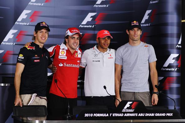 Os candidatos ao título em Abu Dhabi/2010, da esquerda para a direita: Vettel, Alonso, Hamilton e Webber (Foto: Paul Gilham/Getty Images)