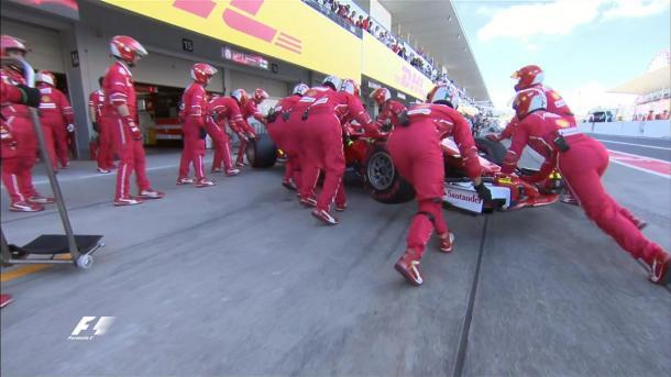 O abandono de Vettel foi o grande momento em Suzuka (Foto: Divulgação/F1)