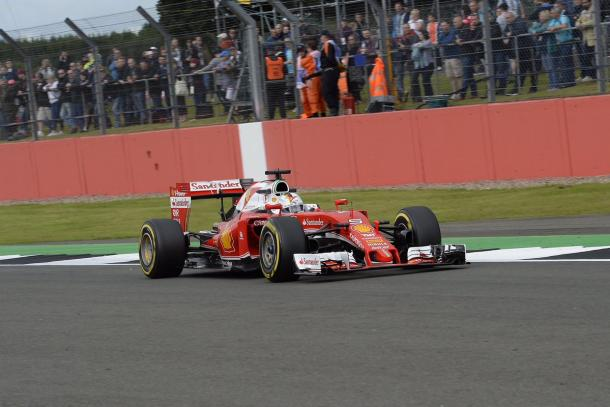 Além de ser punido, Vettel não conseguiu ser a melhor Ferrari nos tempos (Foto: Divulgação/Scuderia Ferrari)