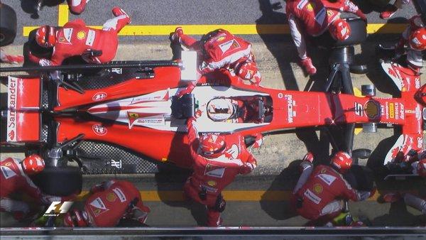 A parada de Vettel (Foto: Divulgação/F1)