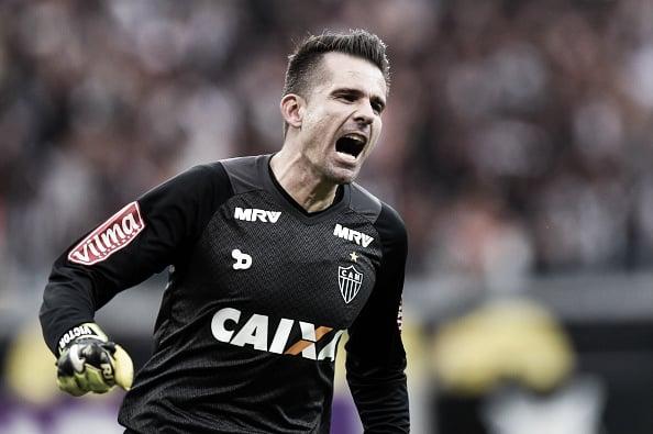 Victor diz é que possível reverter a vantagem do Grêmio (Foto: Pedro Vilela/Getty Images)