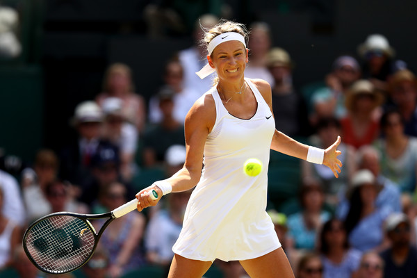 Victoria Azarenka in action at her last tournament played, the 2017 Wimbledon | Photo: Michael Steele/Getty Images Europe
