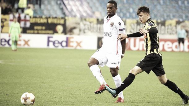 Wylan Cyprien presiona sobre la salida del Vitesse. Foto: twitter.com/OGCNiza
