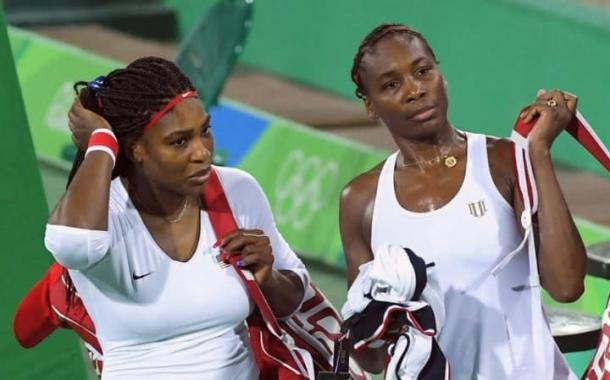 Serena and Venus after their loss in the first round of the Olympics | Photo: Reuters