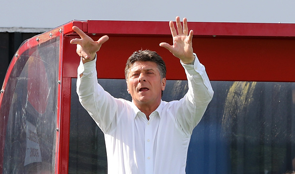 Mazzarri organises his troops from the bench. | Image credit: David Rogers/Getty Images