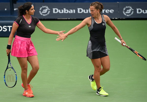 Sania Mirza and Barbora Strycova failed to impress their fans with their performance today | Photo: Tom Dulat/Getty Images Europe