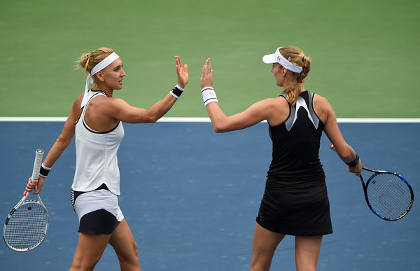 Ekaterina Makarova and Elena Vesnina would be pleased with their win today | Photo: Tom Dulat/Getty Images Europe