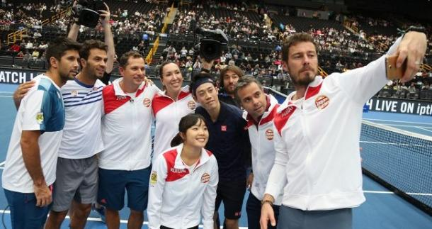Japan Warriors take a selfie after their victory on Saturday. Photo: IPTL