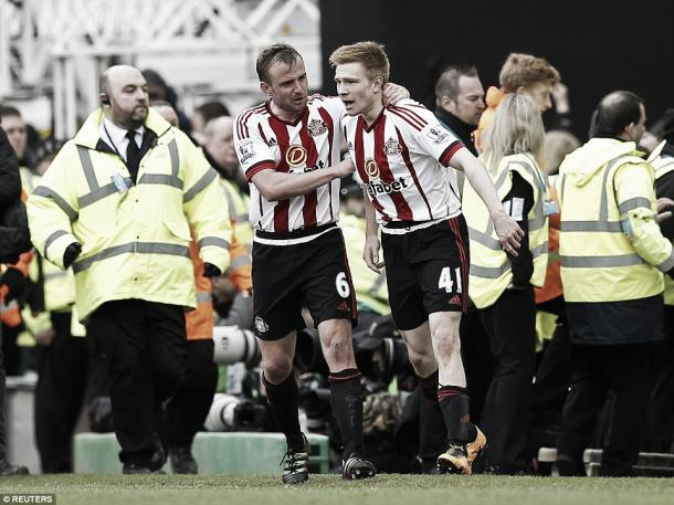 Above: Duncan Watmore celebrates his goal in Sunderland's 3-0 win over Norwich City | Photo: Reuters