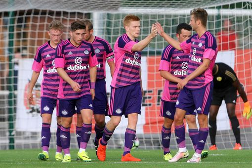 Duncan Watmore celebrates a goal with his team-mates. (Image source: Chronicle)