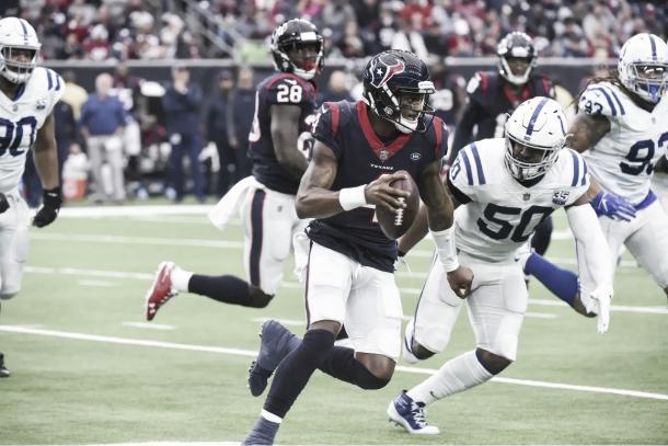 Watson deberá estar en buen nivel para que Houston sueñe con entrar entre los 8 mejores (Imagen: Texans.com)