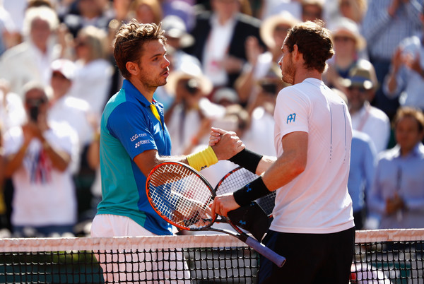 Stan Wawrinka (left) shakes hands with Murray after beating the world number one at the French Open. Photo: Adam Pretty/Getty Images
