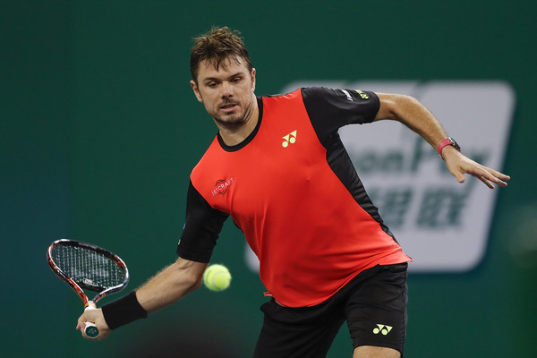 Stan Wawrinka lines up a forehand back in Shanghai. Photo: Lintao Zhang/Getty Images