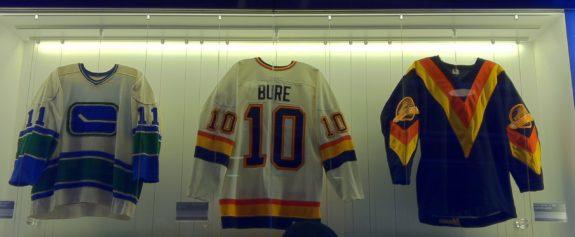 La casaca #10 de Bure en el Rogers Centre, arena de los Canucks.   Foto: Kyle Pearce.