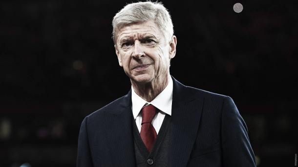 Wenger en el banquillo del Arsenal. Foto: Arsenal.
