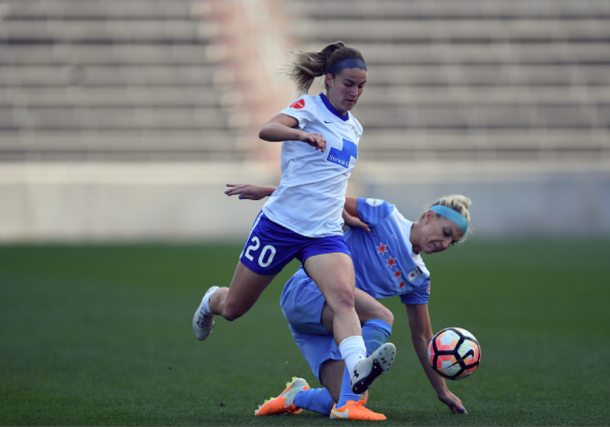 Breakers defender Christen Westphal wins the ball from Chicago Red Stars midfielder/defender Julie Ertz during the 2017 NWSL season |Photo: Quinn Harris - Icon Sportswire via Getty Images